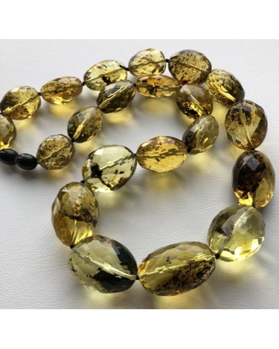 Big beads faceted amber necklace